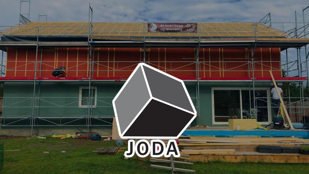 Montasje av logo og hus som bygges, joda byggefirma, byggefirma Ski og Follo
